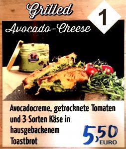 Catering Angebot: Avocadocreme auf Toastbrot